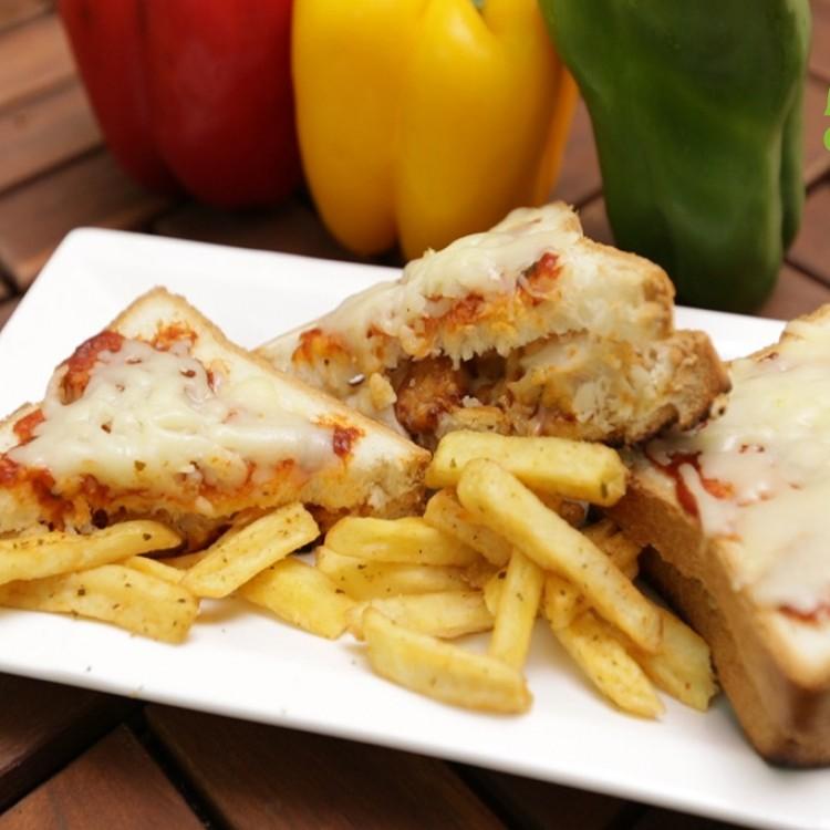 ساندويش بيتزا الدجاج بالفيديو