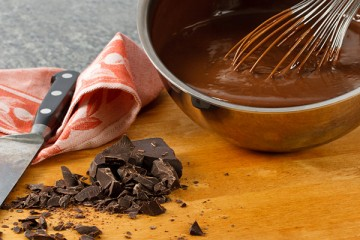 طرق تذويب الشوكولاتة