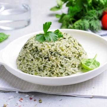 الأرز بالسبانخ للنباتيين