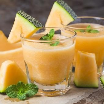 عصير الشمام بالحليب
