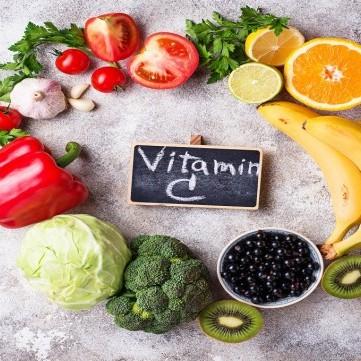 إلى جانب الحمضيات.. إليكم أبرز مصادر الحصول على الفيتامين سي C