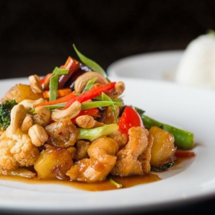 10 طبخات متنوعة بصدور الدجاج سريعة وسهلة