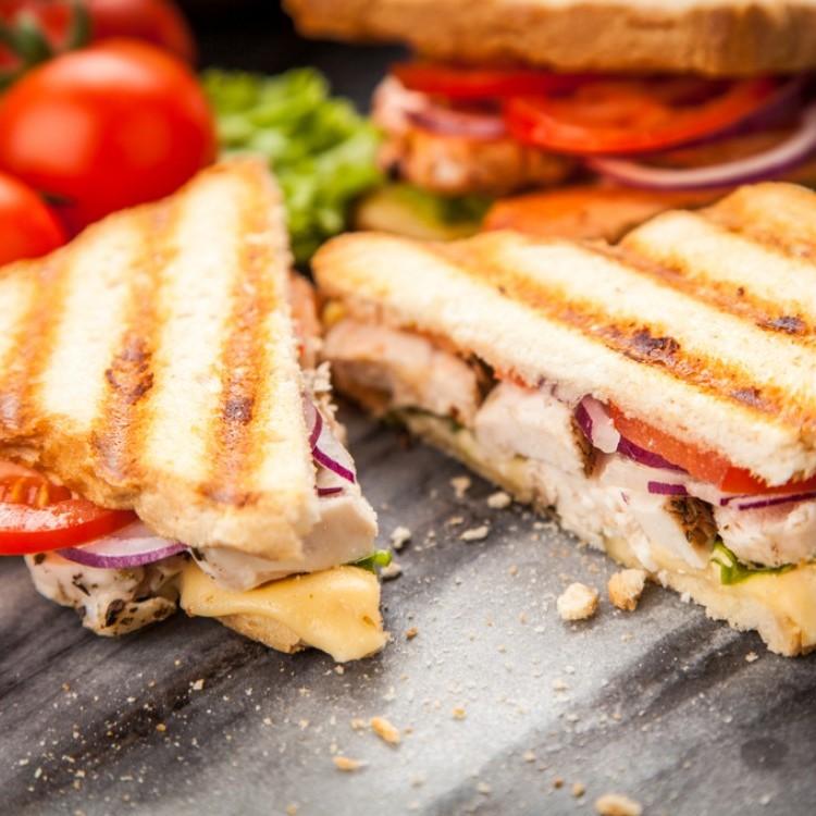 ساندويش دجاج مشوي للسحور
