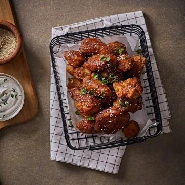 أجنحة الدجاج المقلية مع دبس الرمان