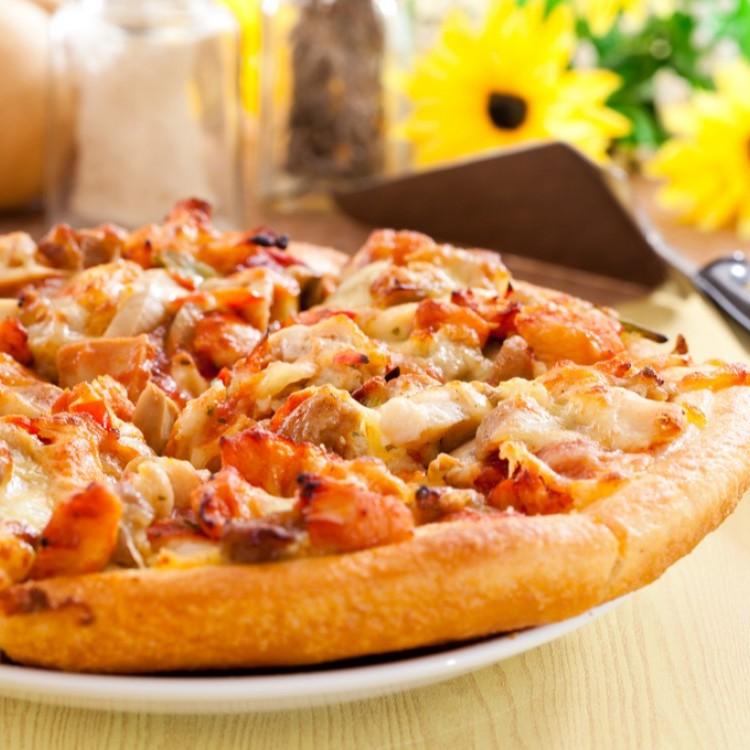 بيتزا دجاج باربيكيو